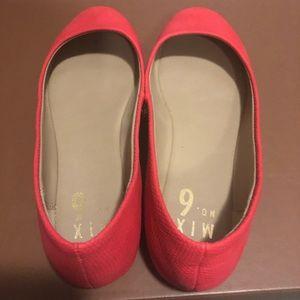 Shoes - Mix 6 coral flats